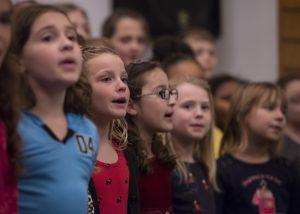 Bambini che cantano